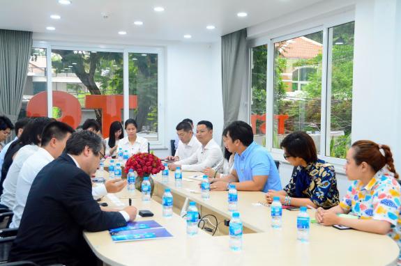Đoàn lãnh đạo và doanh nghiệp tỉnh Wakayama xúc tiến du lịch cùng TST tourist