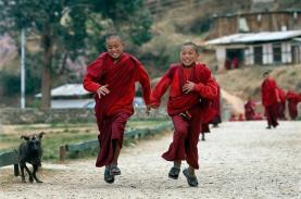 Những điều ít biết về quốc gia duy nhất không đèn giao thông Bhutan